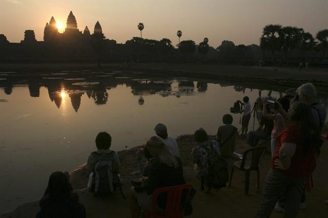 New website helps visitors to Cambodia pick their perch for watching sunsets at Angkor