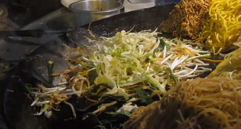 Video of the Week: Pad Thai in the Streets of Bangkok