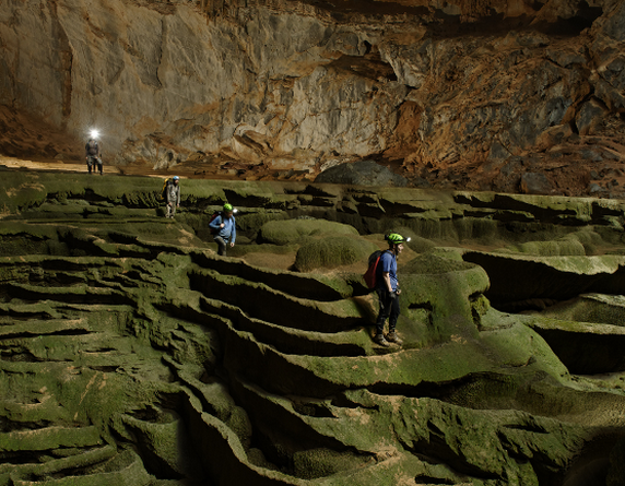 The World's Largest Cave, Offering Public Tours