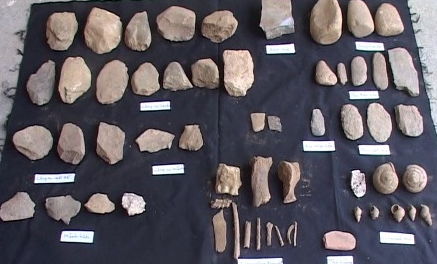 6,000-year-old tombs discovered in Vietnam