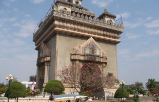 Heading to Vientiane Laos? 9 things to do