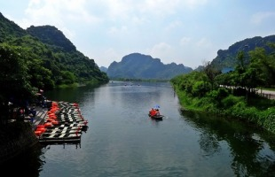 Things to do in Ninh Binh Vietnam: With Map