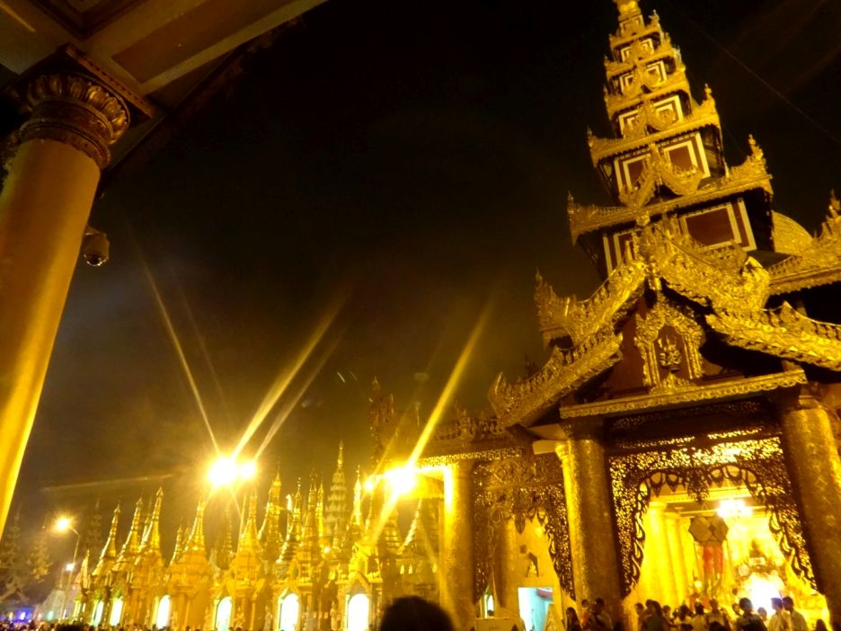 Shwedagon Pagoda Outdoors Yangoon