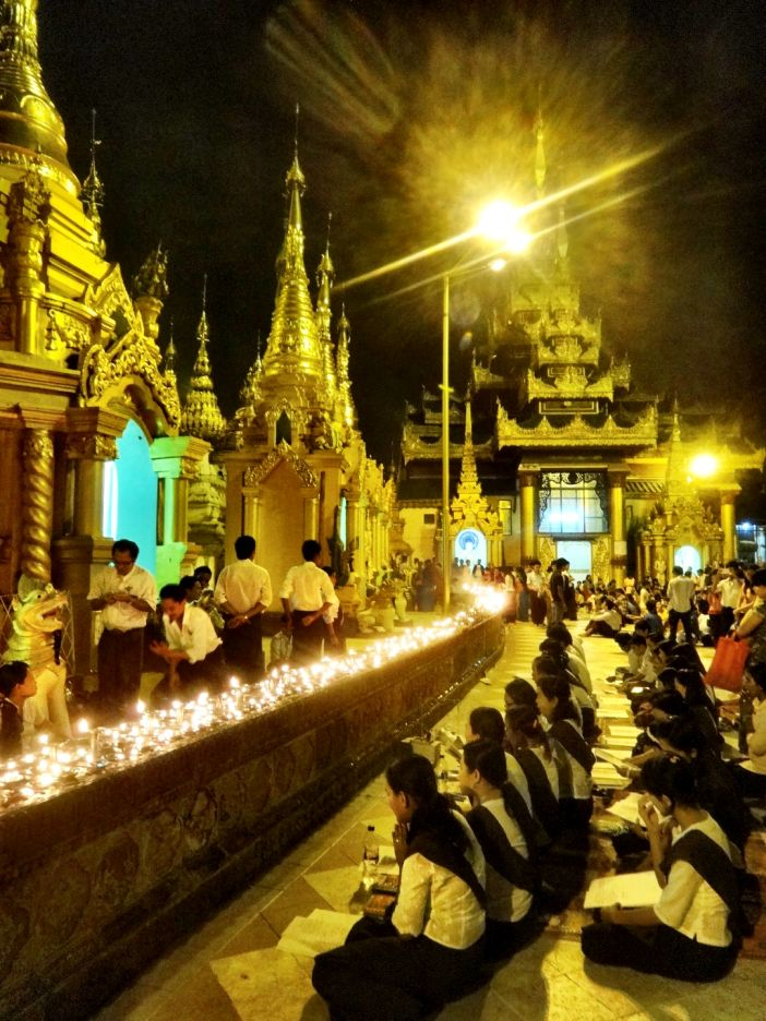 Shwedagon Pagoda Praying Yangoon Myanmar