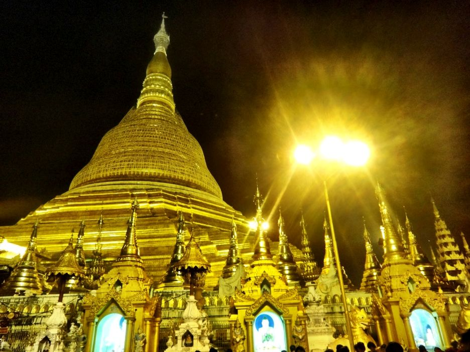 Shwedagon Pagoda Night Myanmar Yangoon