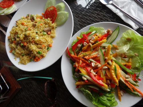 Fried Rice and Mango Salad, Vietnam Style Food