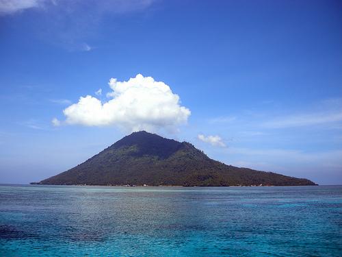 Pulau Manado Tua Island by mattk1979, on Flickr
