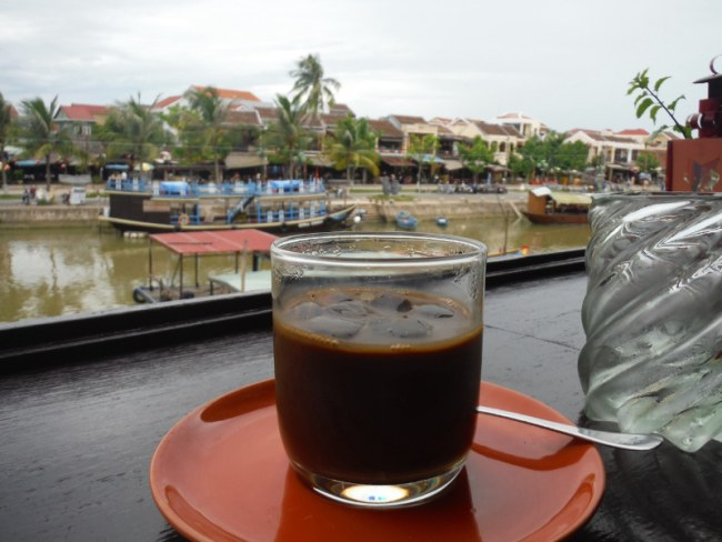 Ca phe Sua Da - Vietnam Coffee Culture