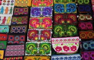 Etiquette & Customs in Southeast Asia