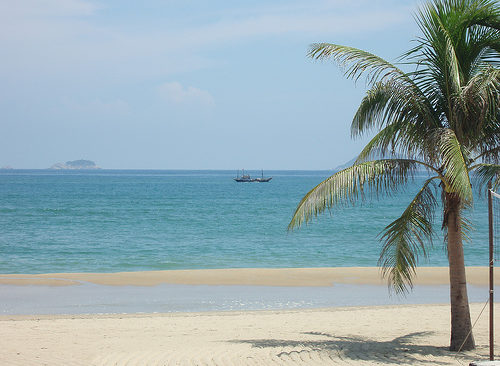 What are the TOP Beach Resorts in Vietnam to Stay?